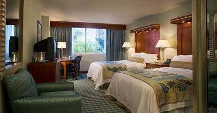 Photo of guestrooms at Hilton Fort Lauderdale Airport